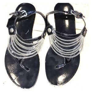 Nine West zipper detailed sandals